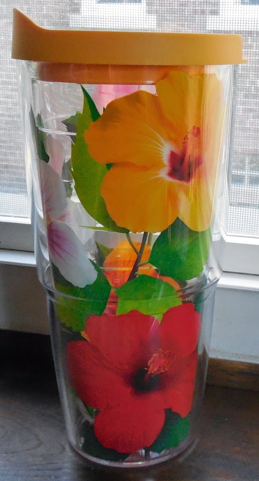 Tervis 24 ounce hibiscus tumbler