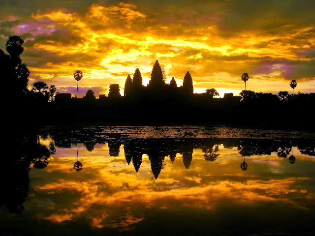 Angkor Wat Sunrise Siem Reap, Cambodia