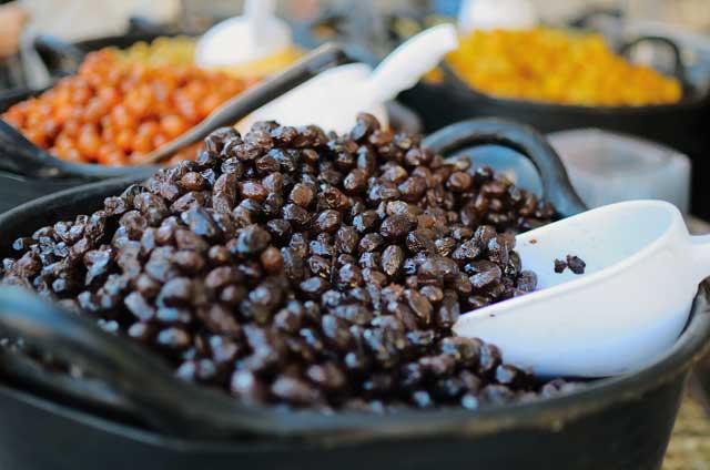 Catalan-Pickled-Black-Olives