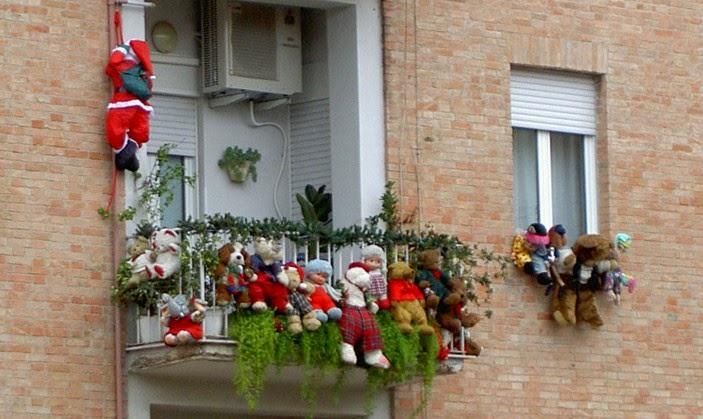Decorar balcón en Navidad