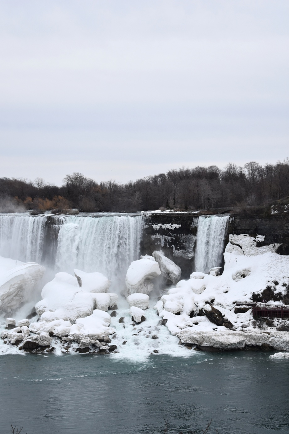 Traveling to Niagara Falls with Kids