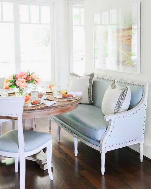 Curved Corner Dining Bench: The Beauty Of Round Dining Tables And Some Fun