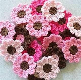 รับสมัครงานพิเศษฝีมือ ทําที่บ้าน หารายได้เสริม ทำงานถักดอกไม้ไหมพรม  ประชาสัมพันธ์สำหรับคนที่สนใจหารายได้พิเศษ ทำงานฝีมือเย็บ-ปัก-ถัก-ร้อย
