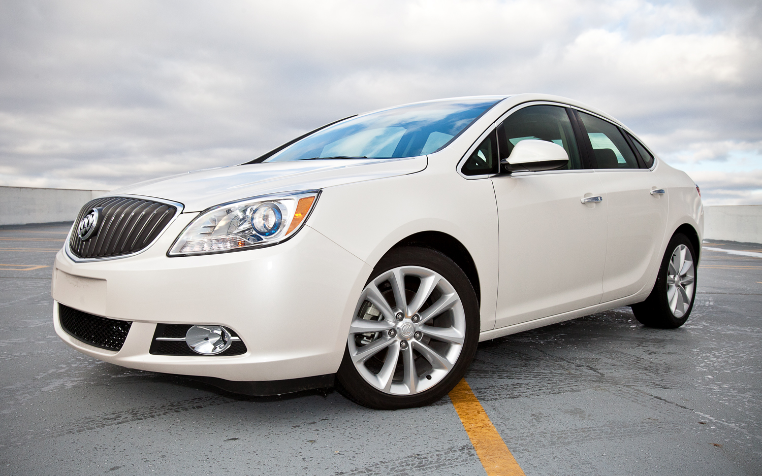 BIGGS CADILLAC NEWS and REVIEWS: Buick wins big at the Kelley Blue ...