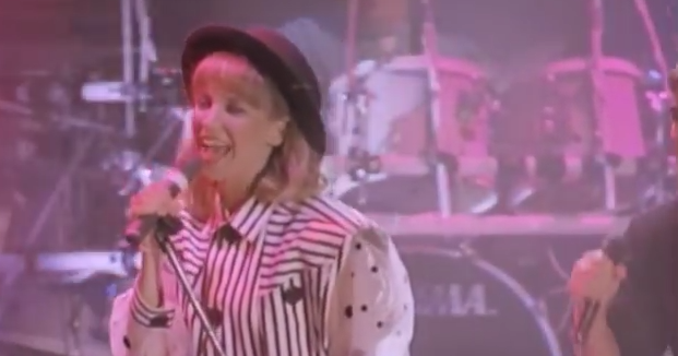 Debbie Gibson Makes and Breaks a Record