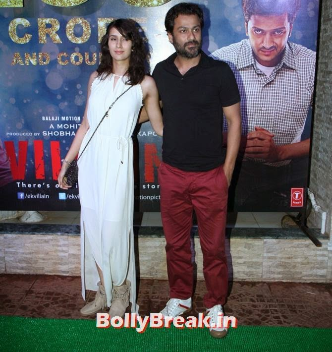 Abhishek Kapoor with Pragya Yadav, Alia, Sonakshi, Shraddha party with Ek Villain team