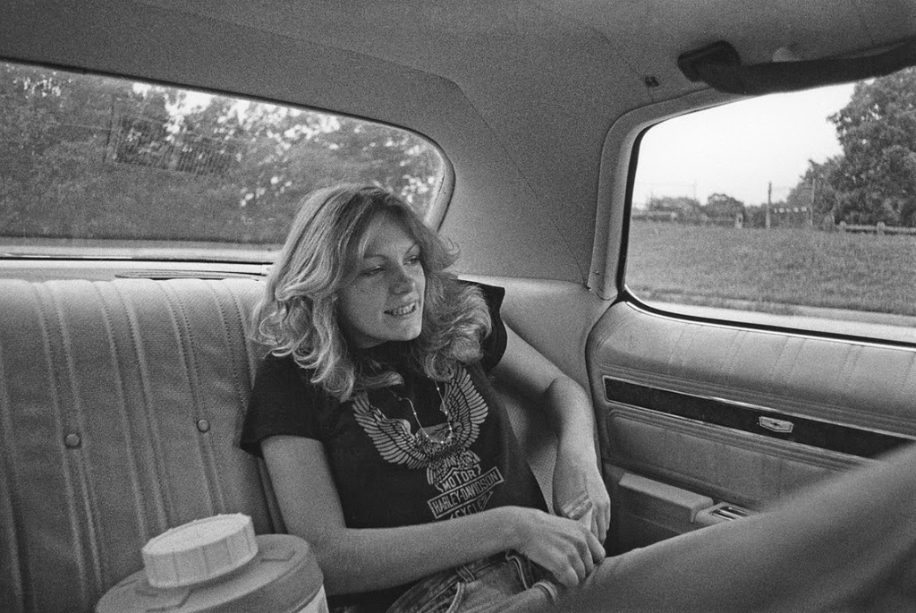 38 amazing black and white photographs of new yorks teenagers in the 1970s vintage everyday