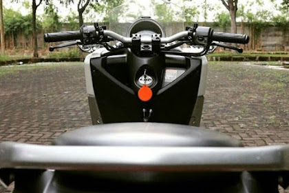 Yamaha NMax Pakai Stang Telanjang.