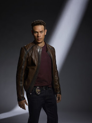 Kevin Alejandro in Lucifer Season 2