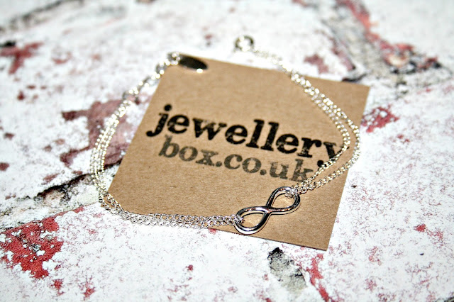 JewelleryBox + Giveaway