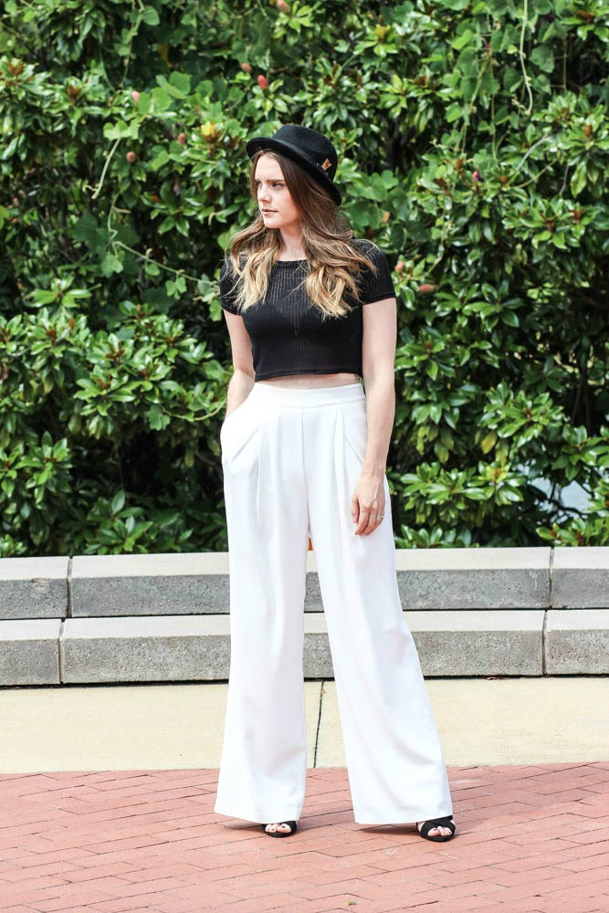 Mom Friendly Crop Top Outfits