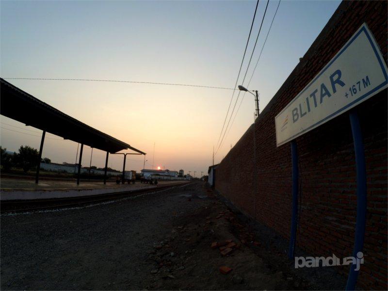 Senja di Stasiun Blitar