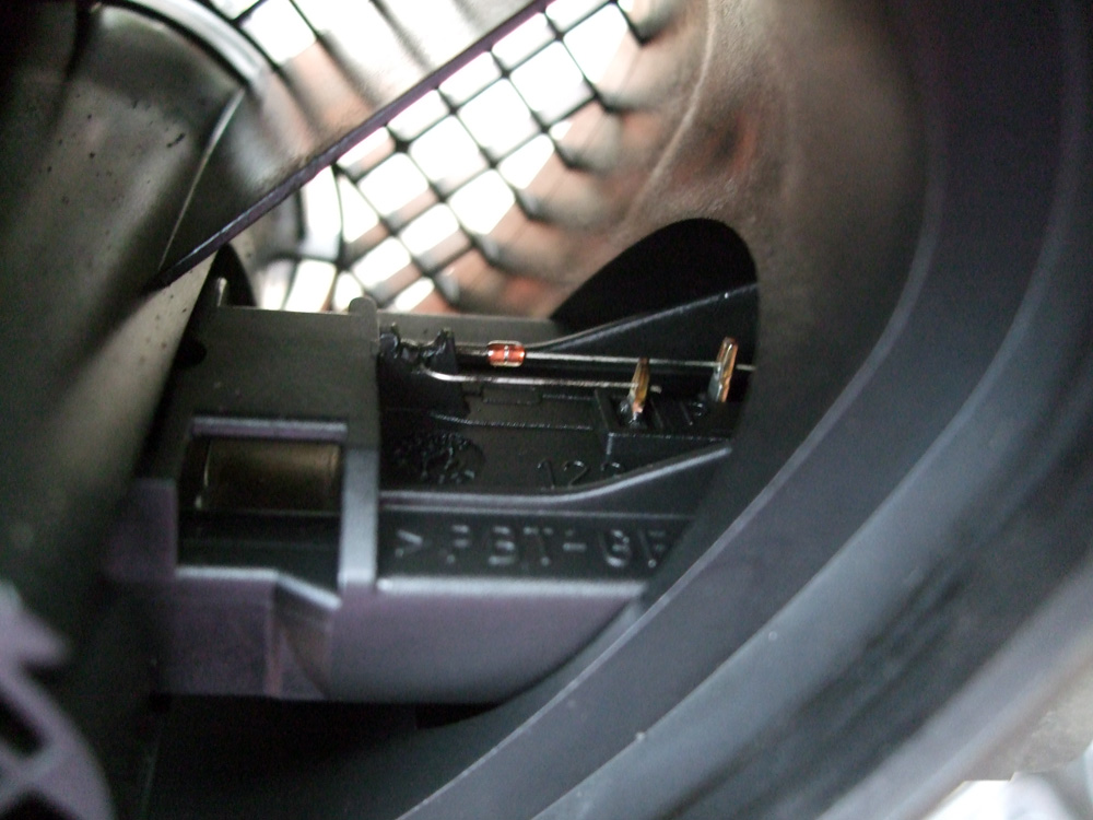 BMW E46 MAF Sensor Cleaned