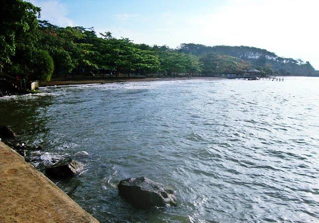 Wisata Pantai Batang