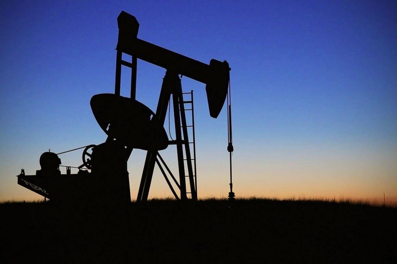 انهيار تاريخي لاسعار النفط الأمريكي