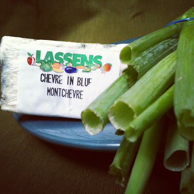 lassensloves.com, Lassen's, Goat's+Milk Blue+Cheese Green+Onion Dip+Recipe