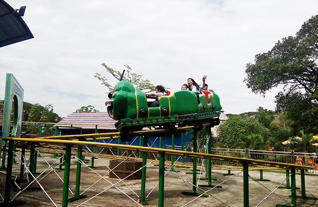 Taman Legenda TMII, ular selur