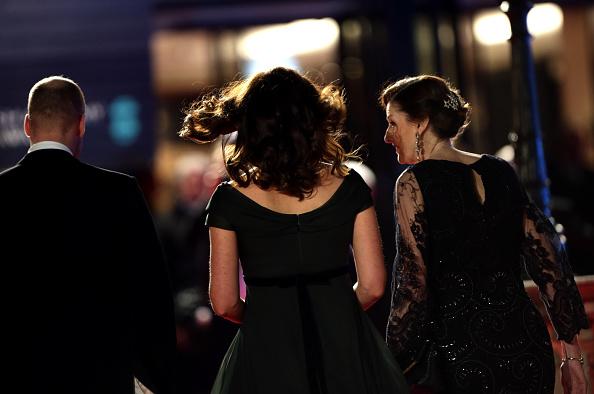 Dlaczego Kate nie mogła założyć czarnej sukni na BAFTA?