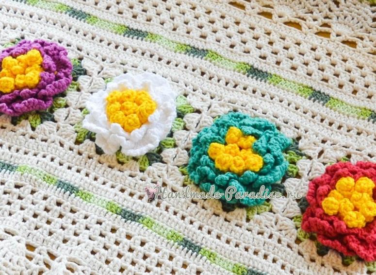 Овальная салфетка с красочными цветами (3)