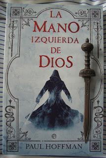 Portada del libro La mano izquierda de Dios, de Paul Hoffman