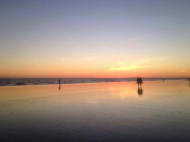 日の出の写真