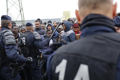 ONU rechaza vínculo entre refugiados, migrantes y terroristas