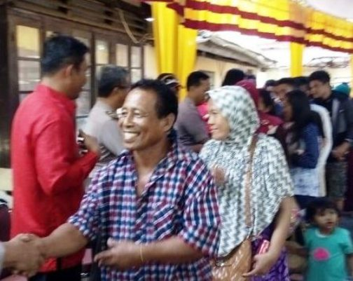 Akbp.Eddy S.Tarigan Rayakan Natal ,Bersama ,Ratusan Penumpang, Dan, Awak, KM.Adi Nusantara