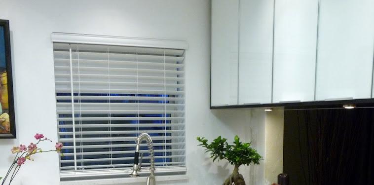 Dekorasi Desain Dapur Minimalis Hitam Putih Terbaru