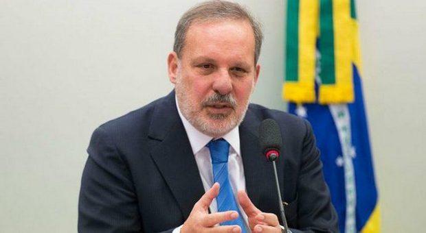 Armando Monteiro lidera pesquisa do grupo de oposição, diz Inaldo Sampaio