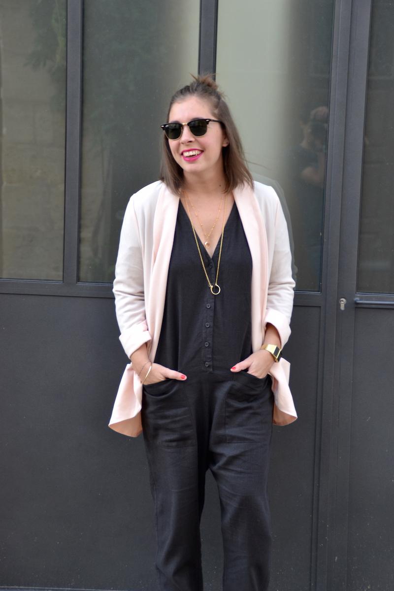 combinaison longue en lin asos, blazer rose pimkie,collier Lily's creations et rebecca minkoff.