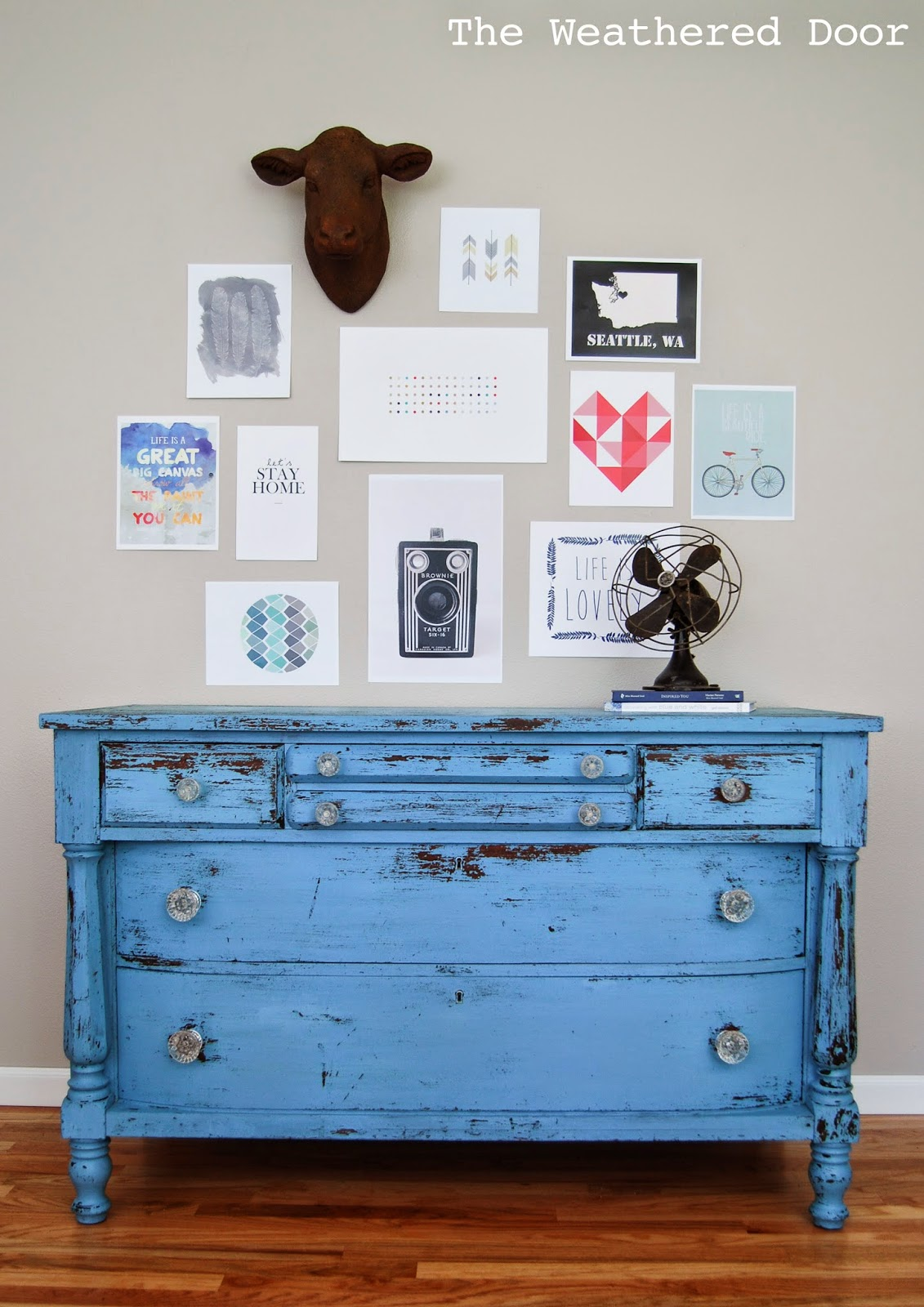http://theweathereddoor.blogspot.com/2014/05/chippy-blue-empire-dresser-in-mms-milk.html