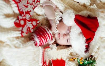 uyku-cuty-bebek-in-Noel-yakın-elbise-görüntü