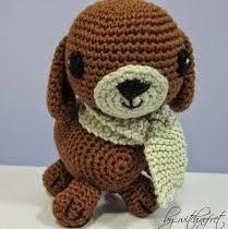 http://translate.google.es/translate?hl=es&sl=auto&tl=es&u=http%3A%2F%2Fwitchnofret-handcraft.blogspot.com.es%2F2012%2F10%2Ftoby-crochet-dog-with-free-pattern.html