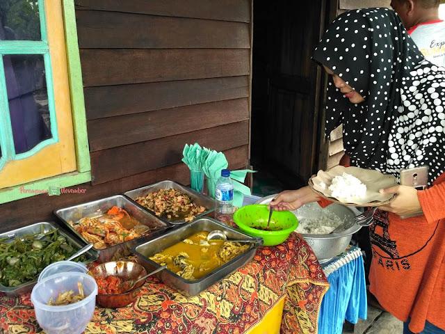 kuliner kampung nelayan belawan