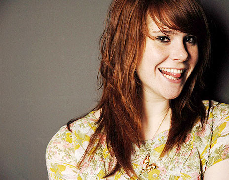 Listen to music, darling : Kate Nash