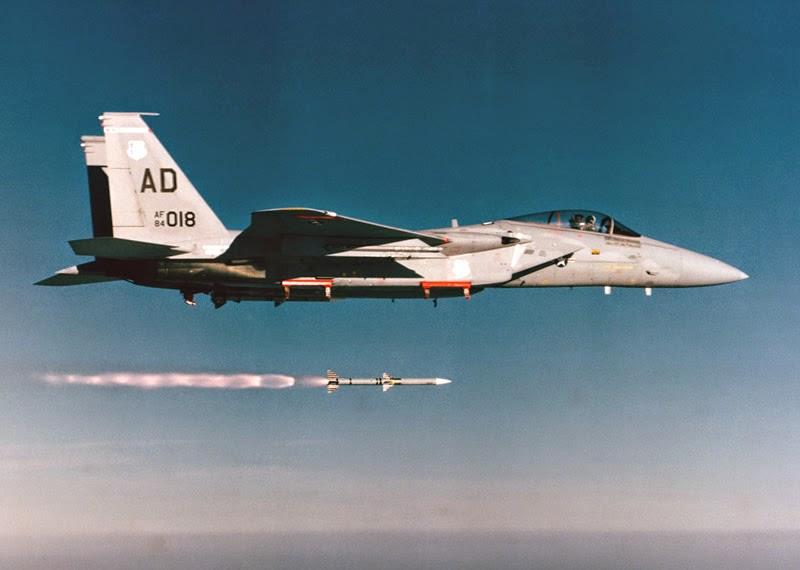 ORD_AIM-120_AMRAAM_Launch_F-15C_lg.jpg