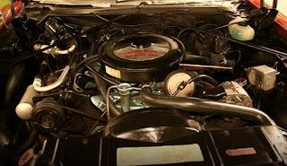 1973 Oldsmobile 98 Luxury Sedan Engine