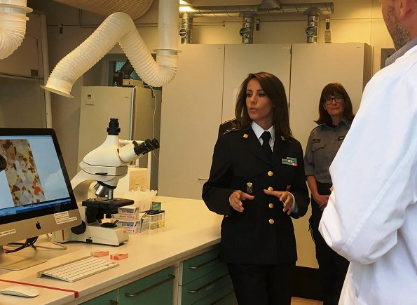 Princess Marie of Denmark visited the DEMA's (Danish Emergency Management Agency) Chemical Lab