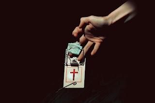 Los Diez Mandamientos - image ElEvangelioDeLaProsperidad2 on http://adulamcrew.cl