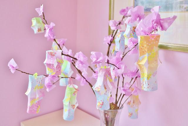 Pink Sparkle Fun: Origami Lantern Tree - photo#7
