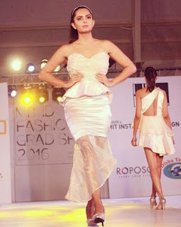 Foto Ruhi Chaturvedi sebagai Model
