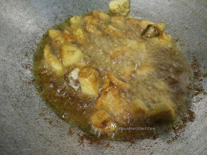 resepi ayam goreng kunyit