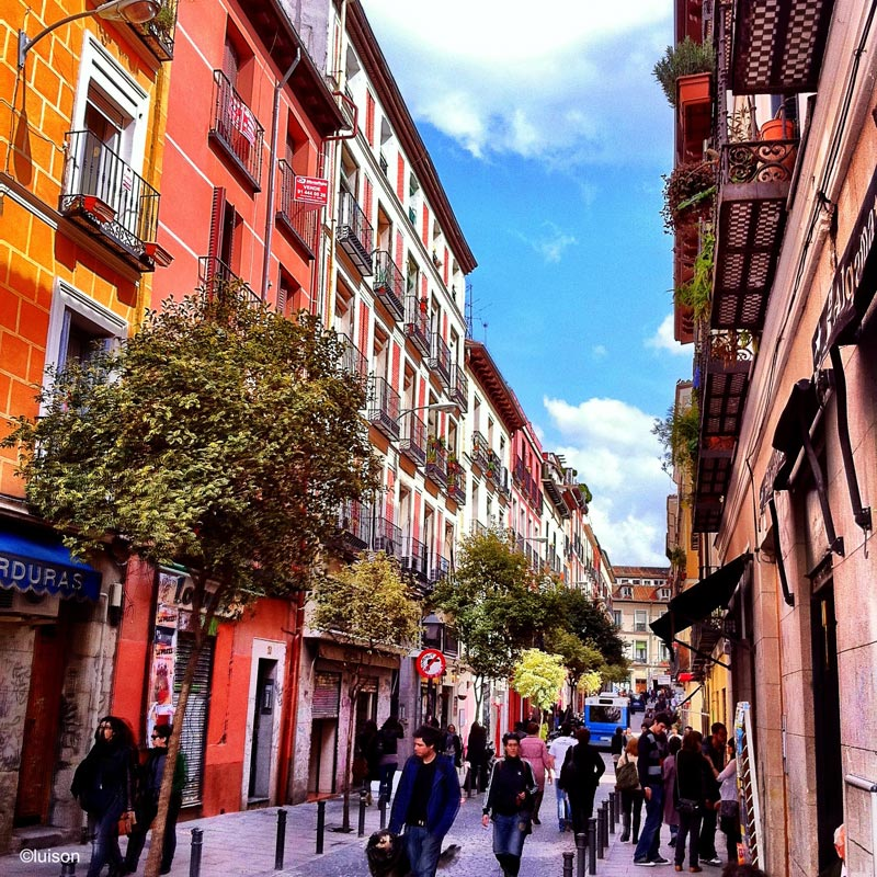Luisón: Urban spaces / Espacio urbanos. Malasaña, Madrid ...