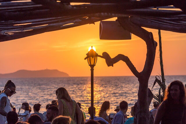 Ибица, закат солнца, кафе Дель мар, остров хиппи, Ибица ночная жизнь