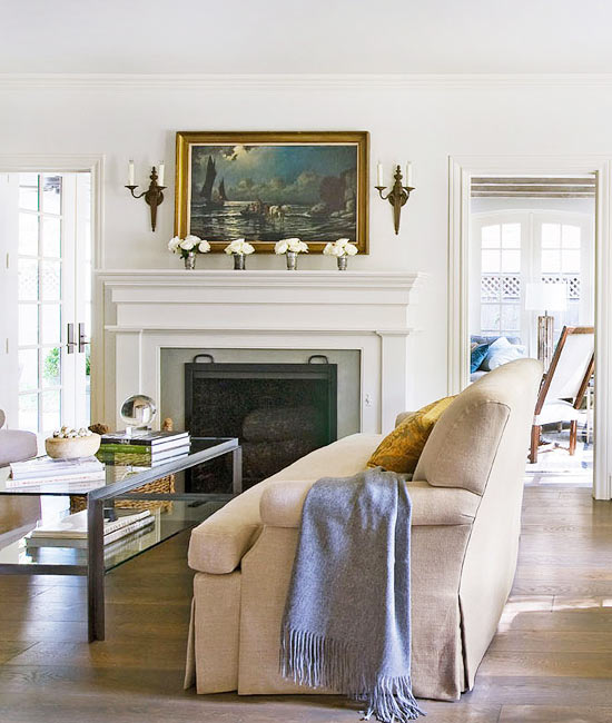 Traditional decor in beautiful room with interior design by Eleanor Cummings on Hello Lovely Studio