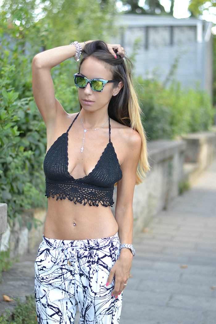 crochet crop top nero