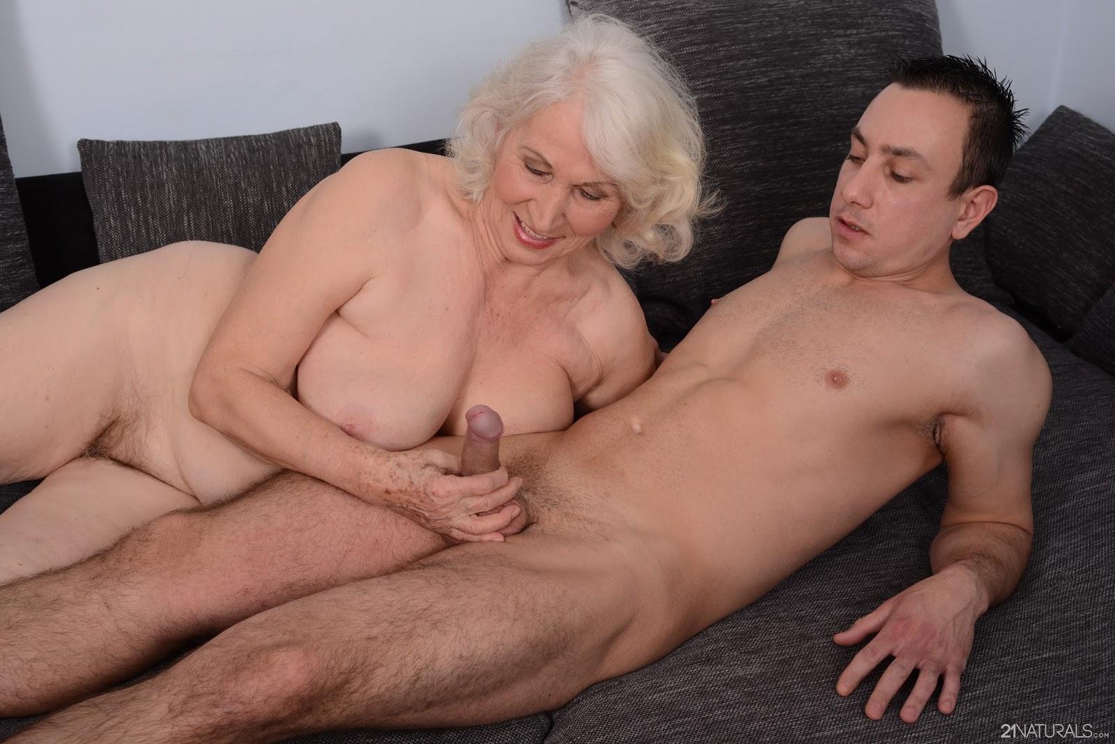 онлайн чат зрелые бабушки порно