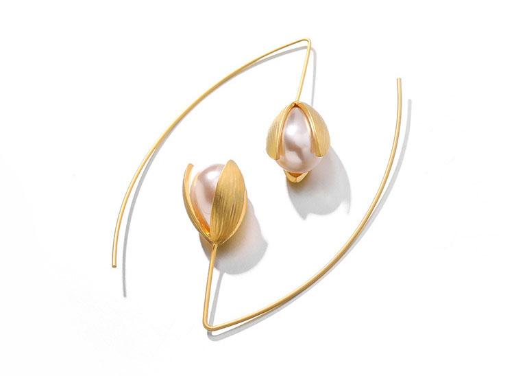 鬱金香花苞擬珍珠耳環