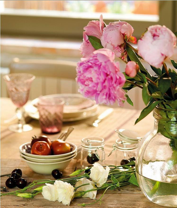 montaje de una mesa comedor decorativa