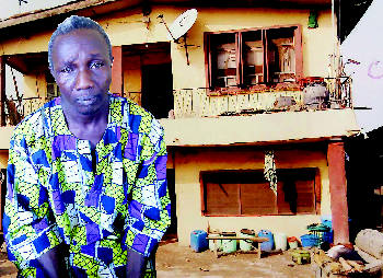 Mysterious death in Lagos: Pregnant woman found dead in front of lover's house